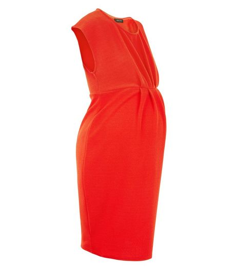 Maternity Red Pleated Front Cap Sleeve Dress  | New Look