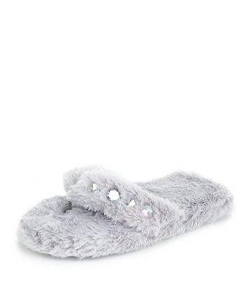 grey-faux-fur-diamante-trim-flip-flop-slippers