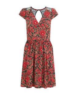 Mela Red Floral Lace Panel Dress | New Look