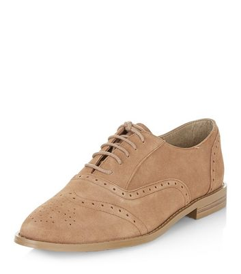 light-brown-leather-brogues