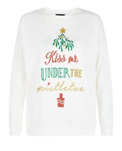 Cream Kiss Me Under The Mistletoe Sweater  | New Look