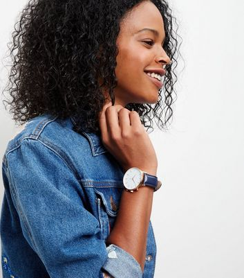 navy-leather-strap-oversized-watch