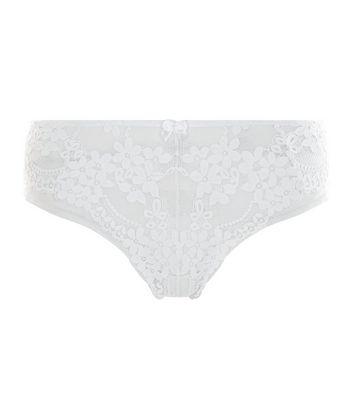 white-daisy-lace-thong