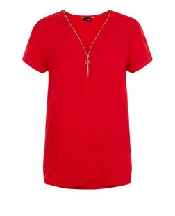 Red Zip Front Dip Hem T-Shirt | New Look