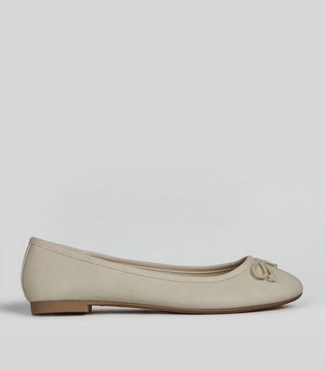 Cream Bow Front Ballet Pumps | New Look