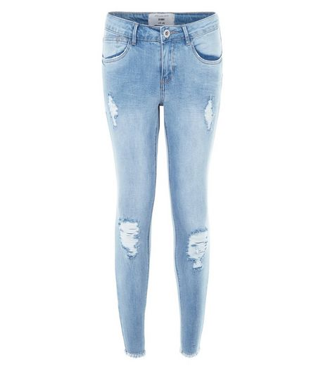 Petite 28in Light Blue Ripped Knee Raw Hem Skinny Jeans | New Look