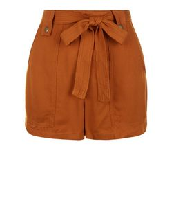 Petite Tan Belted Shorts | New Look