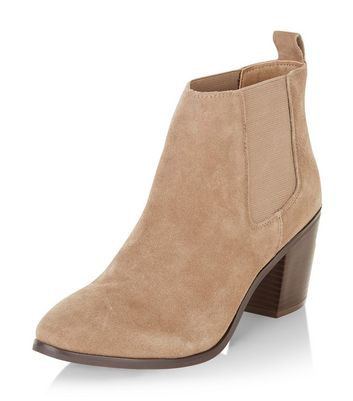 light-brown-leather-block-heel-ankle-boots