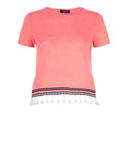 Teens Bright Pink Fine Knit Tassel Trim T-Shirt | New Look