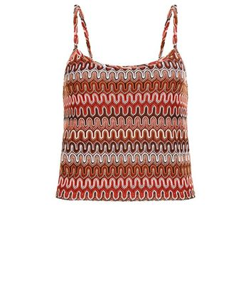 red-zig-zag-textured-crop-top