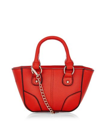 http://media.newlookassets.com/i/newlook/374052960/womens/bags-and-purses/tote-shopper-bags/red-contrast-trim-mini-tote-bag