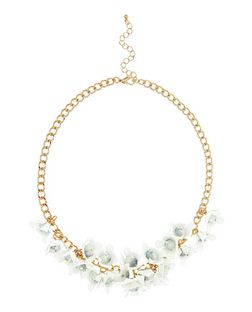 White 3D Floral Necklace | New Look