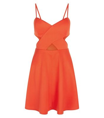 {robe patineuse rouge corail}