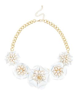 White Premium Oversized Flower Necklace | New Look