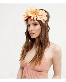 Orange Oversized Floral Hair Garland | New Look