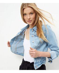 Veste en jean bleu pâle à deux poches   New Look