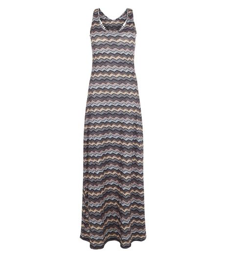 Mela Grey Chevron Print Maxi Dress | New Look