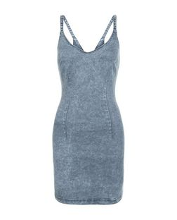 Petite Grey Denim Acid Wash Bodycon Dress | New Look