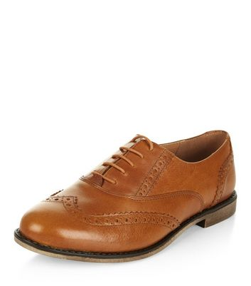 tan-leather-embossed-brogues