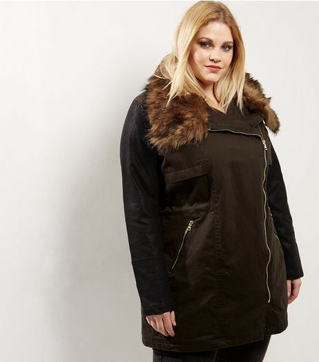 Curves Khaki Faux Fur Collar Parka | New Look
