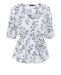 Light Grey Floral Print Tie Waist 1/2 Sleeve Top  | New Look