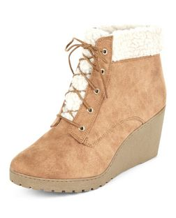 Teens Tan Faux Shearling Wedge Ankle Boots | New Look