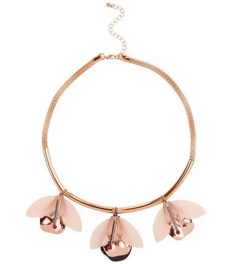 Shell Pink Flower Necklace | New Look