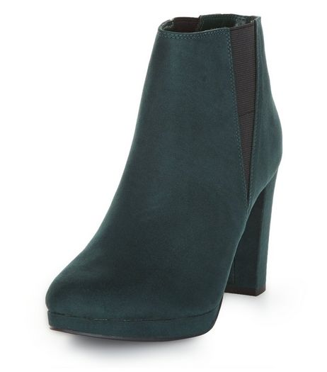 Dark Green Suedette Platform Cheslea Boots | New Look