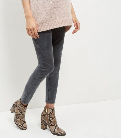 Maternity Grey Acid Wash Skinny Jeans | New Look