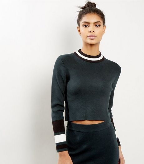 Petite Dark Green Contrast Trim Cropped Jumper | New Look