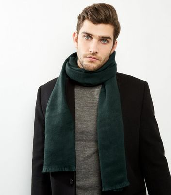 Product photo of Dark green woven scarf
