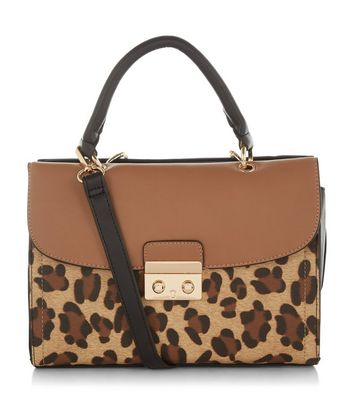 http://media.newlookassets.com/i/newlook/383625429D3/womens/bags-and-purses/cross-body-bags/brown-leopard-print-across-body-bag