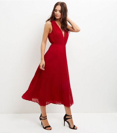 Red Pleated V Neck Midi Dress | New Look