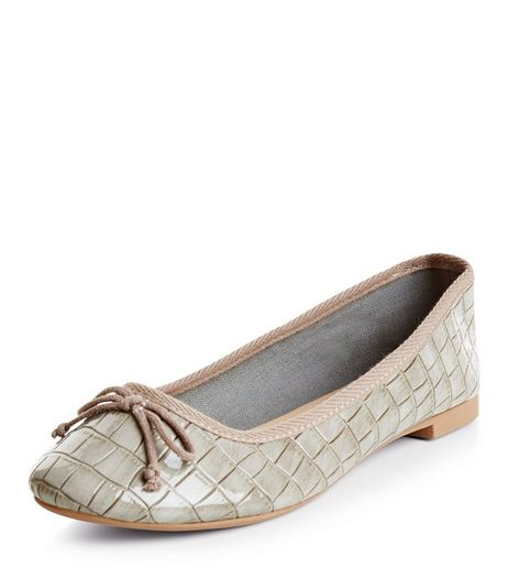 Greu Croc Texture Ballet Pumps  | New Look