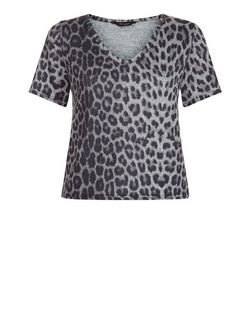 Light Green Fine Knit Animal Print V Neck T-Shirt  | New Look