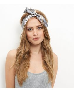 Grey Chain Print Bandana | New Look