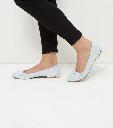 Wide Fit Silver Glitter Metal Trim Pumps | New Look