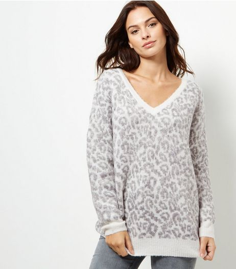 Grey Leopard Print V Neck Jumper | New Look