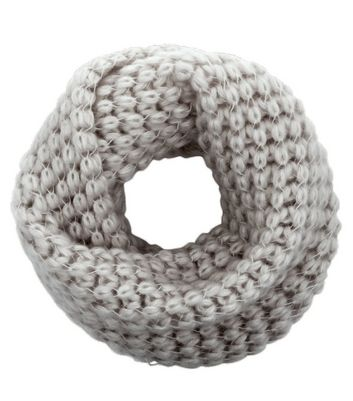 light-grey-knitted-snood