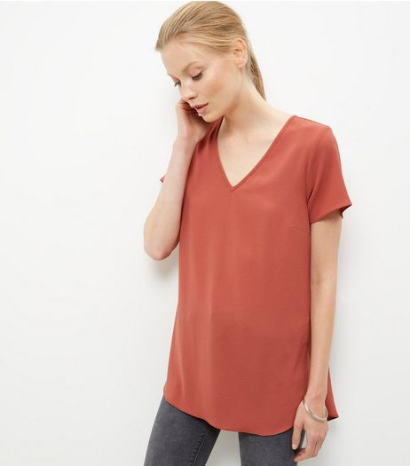 Peach V Neck Dip Hem T-Shirt  | New Look