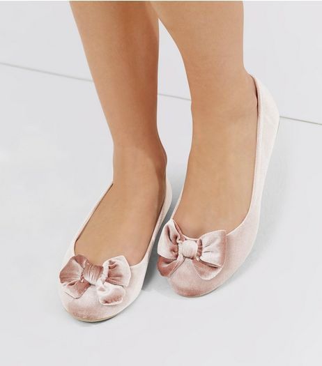 Wide Fit Pink Velvet Bow Front Ballet Pumps | New Look