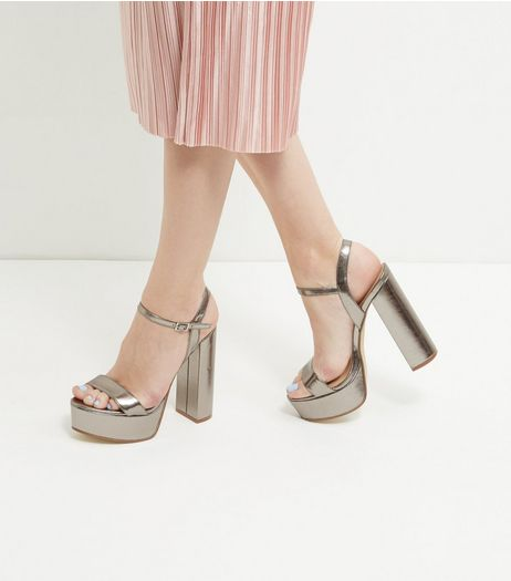Dark Silver Metallic Platform Heels | New Look
