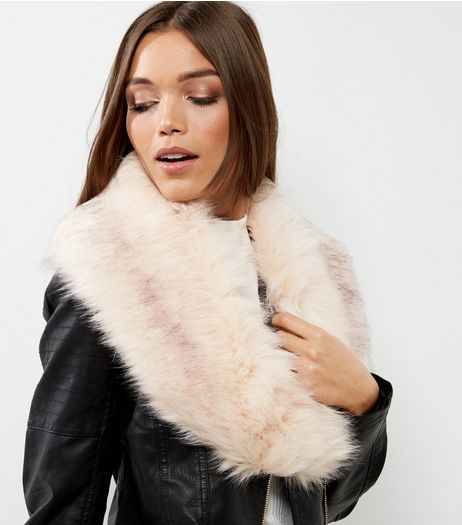 Pink Faux Fur Collar | New Look