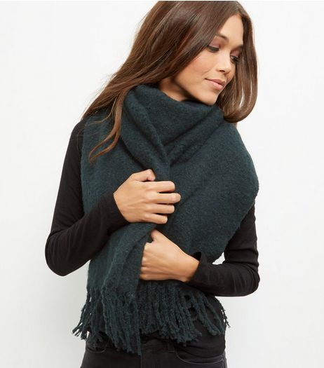 Dark Green Boucle Textured Scarf | New Look