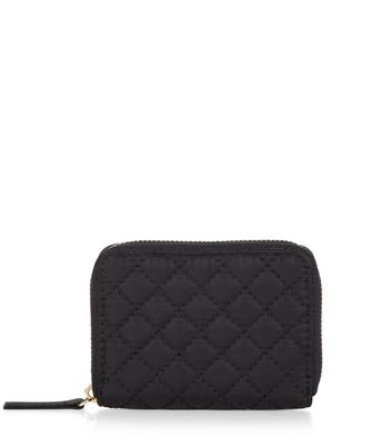 black-quilted-zip-around-card-holder