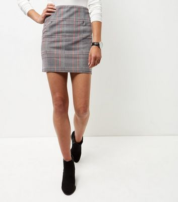 Black Houndstooth Check A-Line Skirt