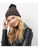 http://media.newlookassets.com/i/newlook/388400903/miscroot/search/hats/hats/womens-hats/hats/dark-grey-diamante-faux-fur-bobble-hat-/?$new_pdp_thumb_image$