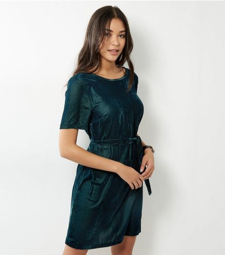 Dark Green Velvet Belted T-Shirt Dress | New Look