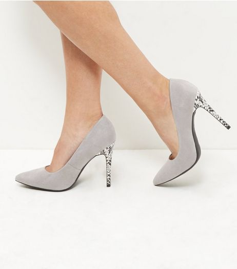 Wide Fit Grey Suedette Heels | New Look