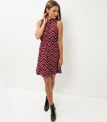 mela-burgundy-zigzag-print-funnel-neck-dress